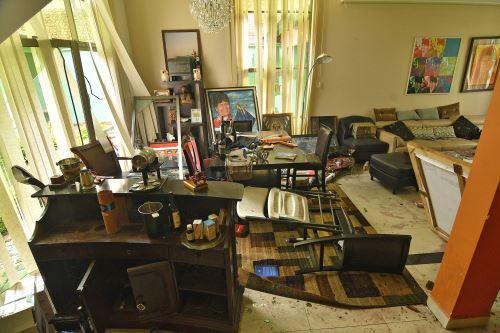 Saquean y destrozan la casa de Evo Morales
