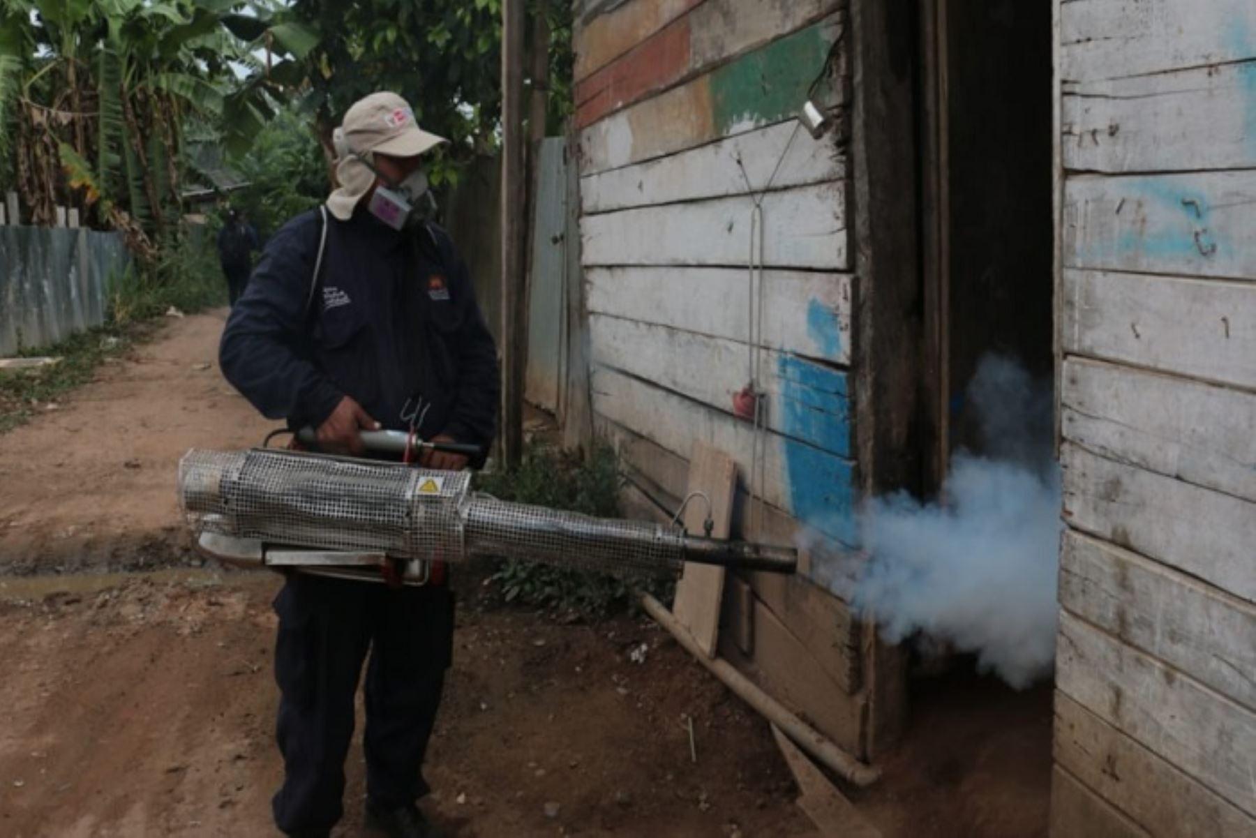 Fumigación en Madre de Dios por dengue (Foto: Andina)