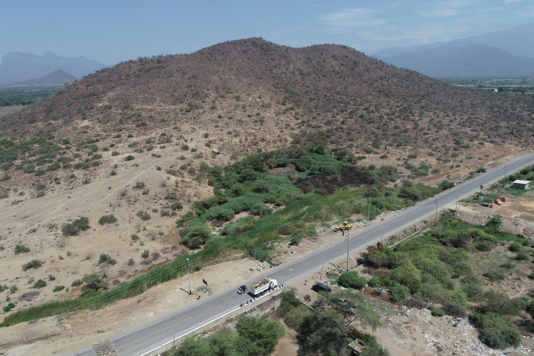 Recuperan el cerro Mulato, cuna del arte rupestre de Lambayeque - Agencia Andina