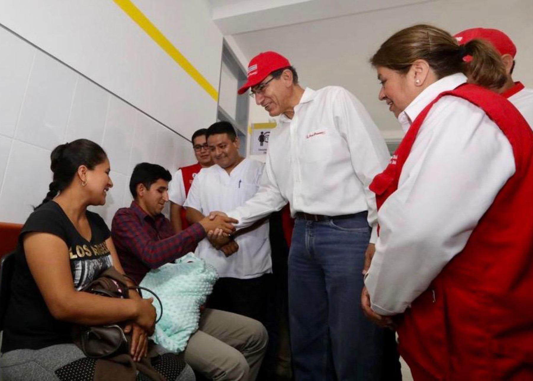 El presidente Martín Vizcarra inauguró el centro de salud de Canchaque, en Piura. Foto: @Minsa_Perú.