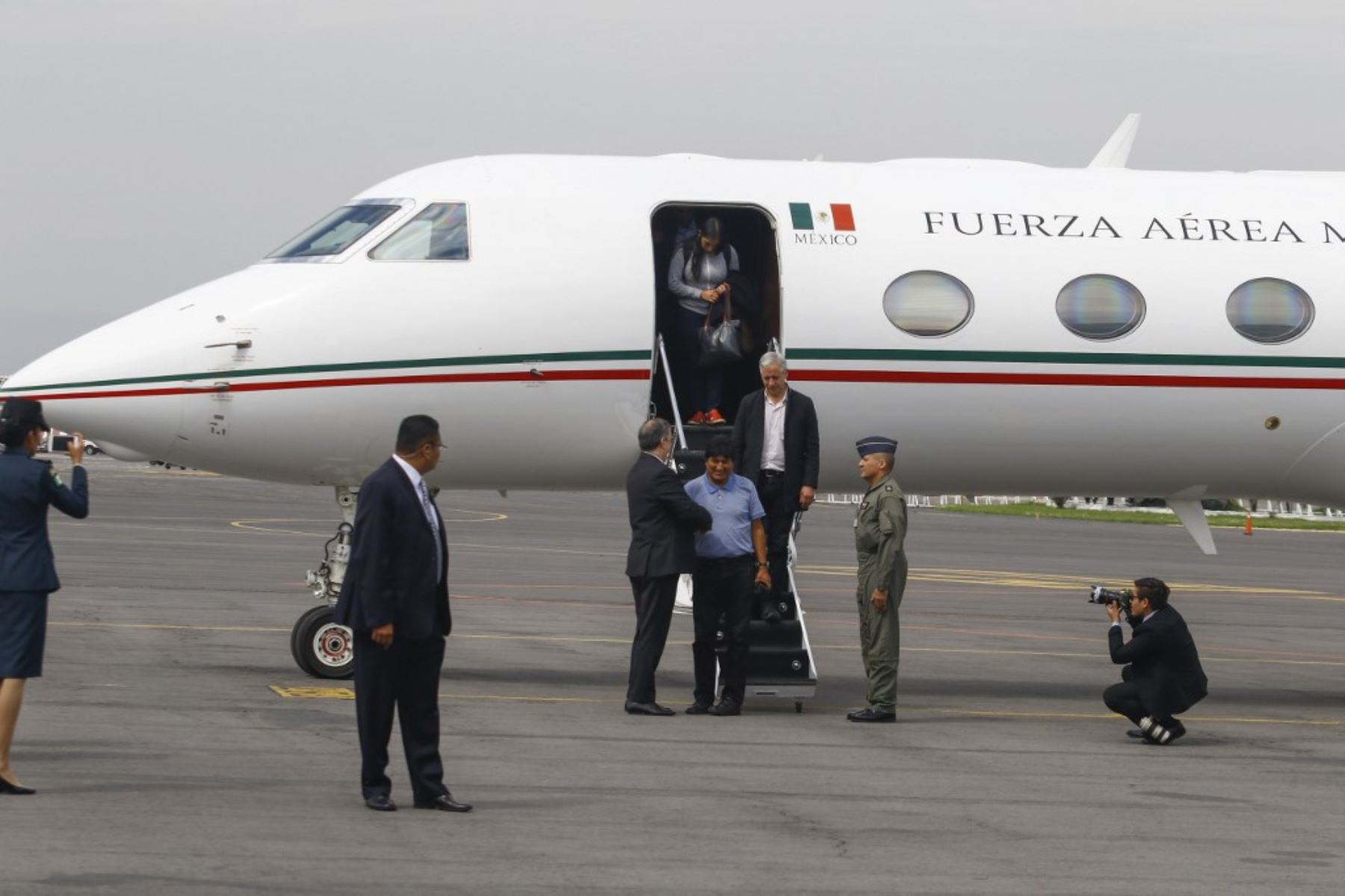 Evo Morales llega a México tras recibir asilo político. Foto: AFP