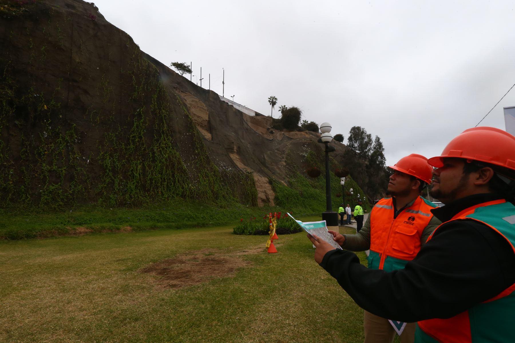 Las labores de mantenimiento en la  Costa Verde se ejecutarán en un plazo aproximado de 45 días. Foto: ANDINA/Melina Mejía
