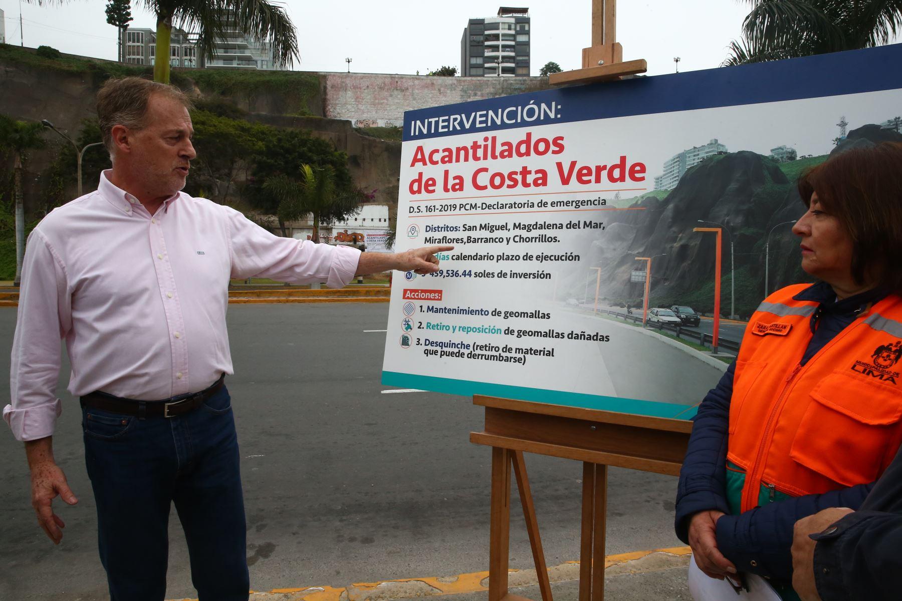 Alcalde de Lima, Jorge Muñoz supervisa el inicio de intervención en acantilados de la Costa Verde. Foto: ANDINA/Melina Mejía