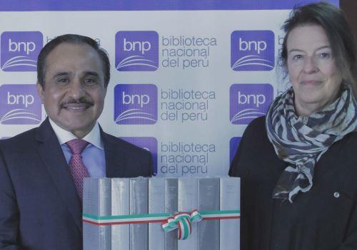 El embajador de México en el Perú, Víctor Hugo Morales Meléndez, hizo entrega de libros de colección del autor mexicano Octavio Paz a la Biblioteca Nacional del Perú.
