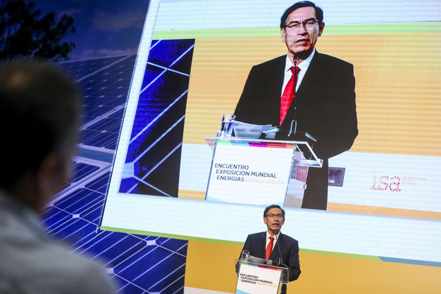 Jefe del Estado, Martín Vizcarra participa en la clausura del Sun World 2019 Perú – Encuentro y Exposición Mundial de Energías Renovables.Foto: ANDINA/Prensa Presidencia