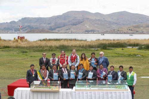 Descontaminación del lago Titicaca mejorará calidad de vida de 1.2 millones de peruanos, afirmó el Ministerio de Vivienda. ANDINA/Difusión