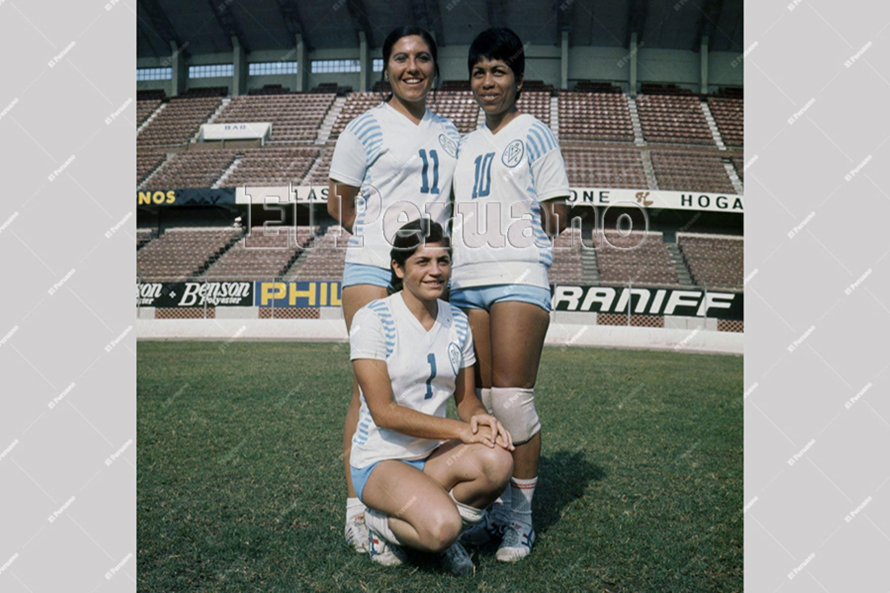 Lima - 1973 / Irma Cordero cuando integraba el sexteto del Club Regatas Lima.  Foto: Archivo Histórico de EL PERUANO
