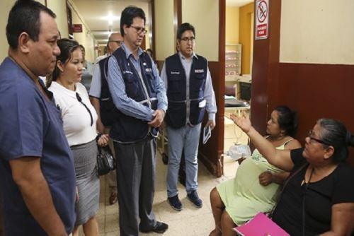 El viceministro del Minsa, Gustavo Rosell, también participó esta mañana en el Consejo Regional ante la presentación de la declaratoria de emergencia.