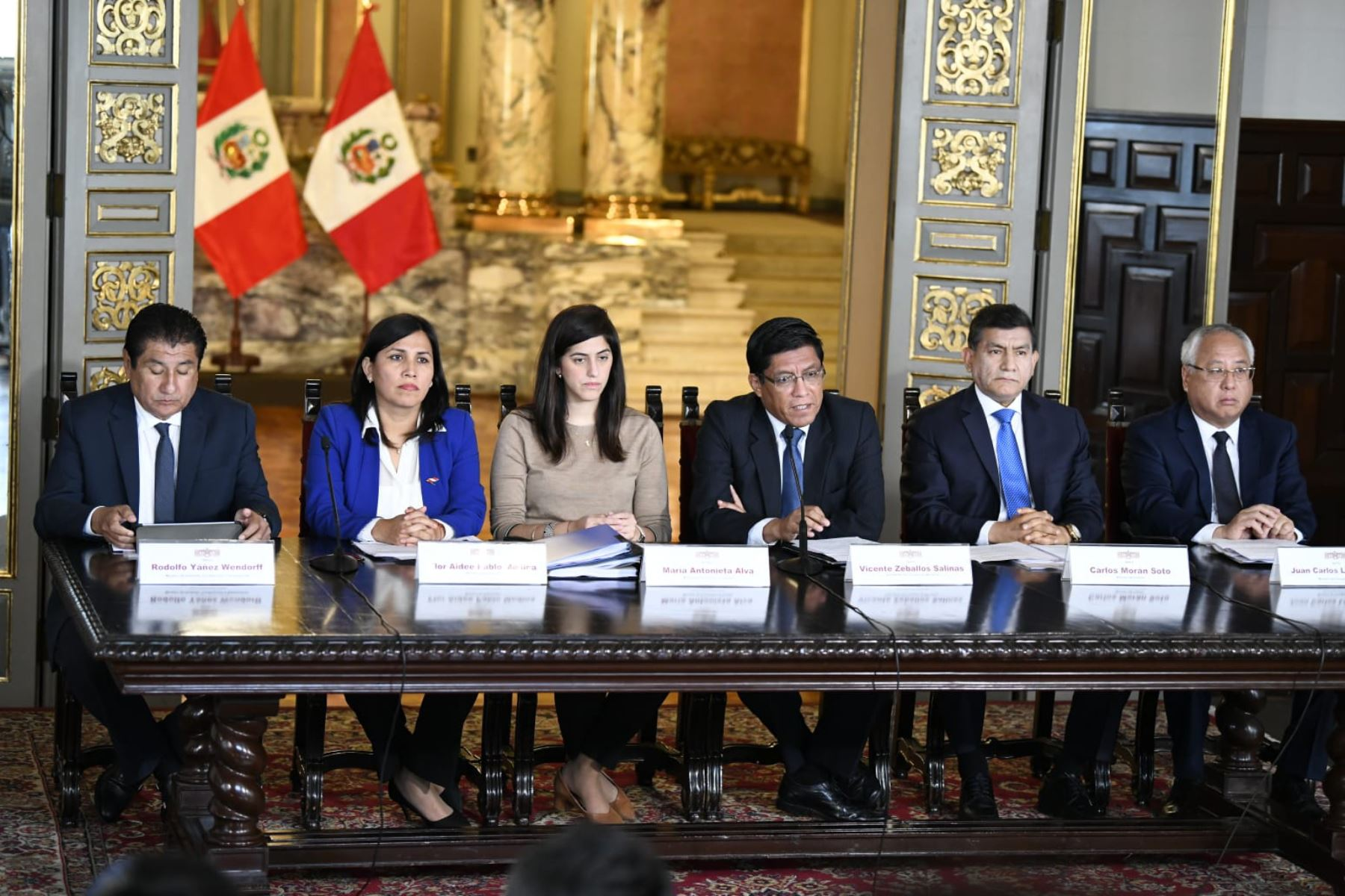 El presidente del Consejo de Ministros, Vicente Zeballos, presentó hoy el presupuesto general para el año fiscal 2020. Foto: ANDINA/ Difusión