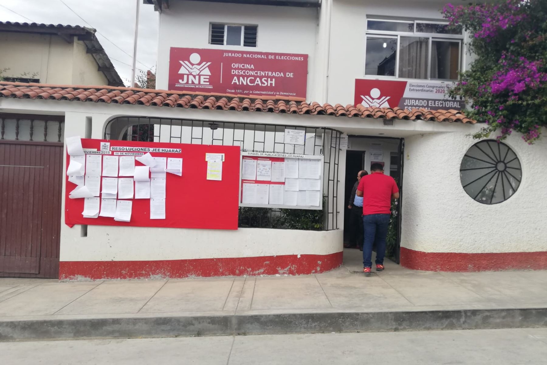 Al Jurado Electoral Especial (JEE) de Huaraz llegarpn 18 agrupaciones políticas para inscribir a sus candidatos al Congreso por Áncash.