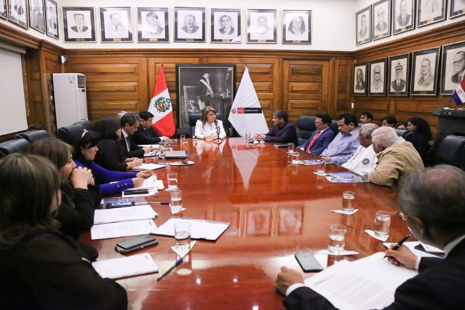 Ministra de Salud abre espacio de diálogo con Federación Médica y gremios del sector Foto: Minsa