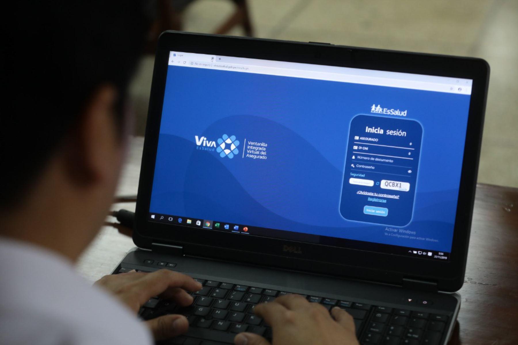 """Nueva plataforma virtual de Essalud """"Viva"""" facilitará los trámites. Foto: Andina/Difusión"""