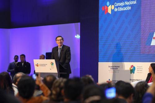 Presidente Vizcarra participa en Encuentro Nacional de Educación