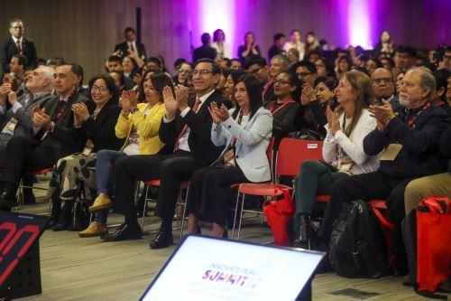 """Primera edición del Innóvate Perú Summit 2019: """"Innova, emprende y produce para un país competitivo"""""""