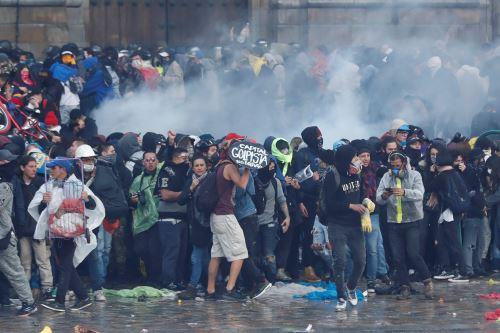 Protestas en Colombia contra la política económica y social del presidente Iván Duque. Foto: EFE.