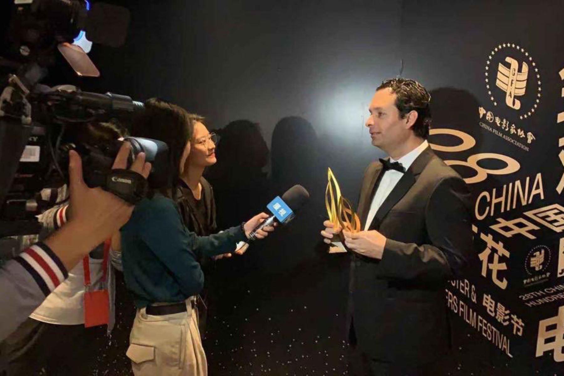 La película peruana Retablo ganó dos premios en el Certamen de cine más prestigioso de China, el Golden Rooster Awards