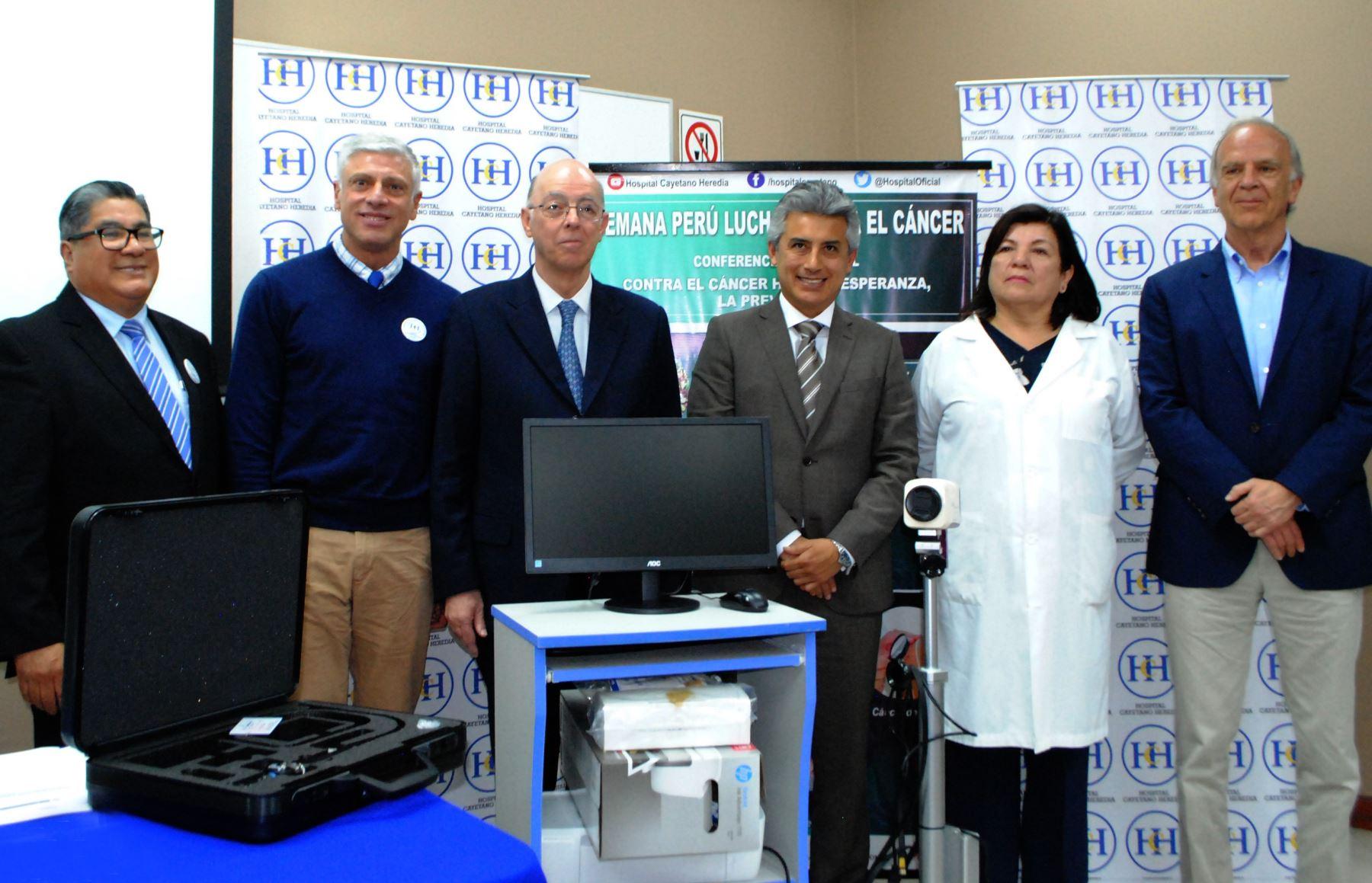 Fundación Peruana de Cáncer entregó los donativos. Foto: Cortesía