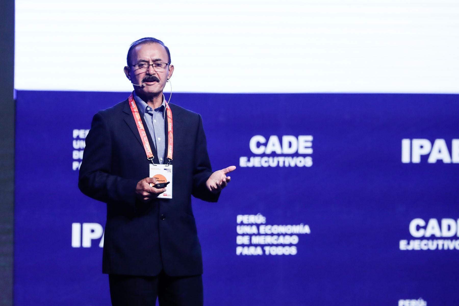 Otto Guibovich, ex Comandante General del Ejército. Foto: ANDINA/Renato Pajuelo