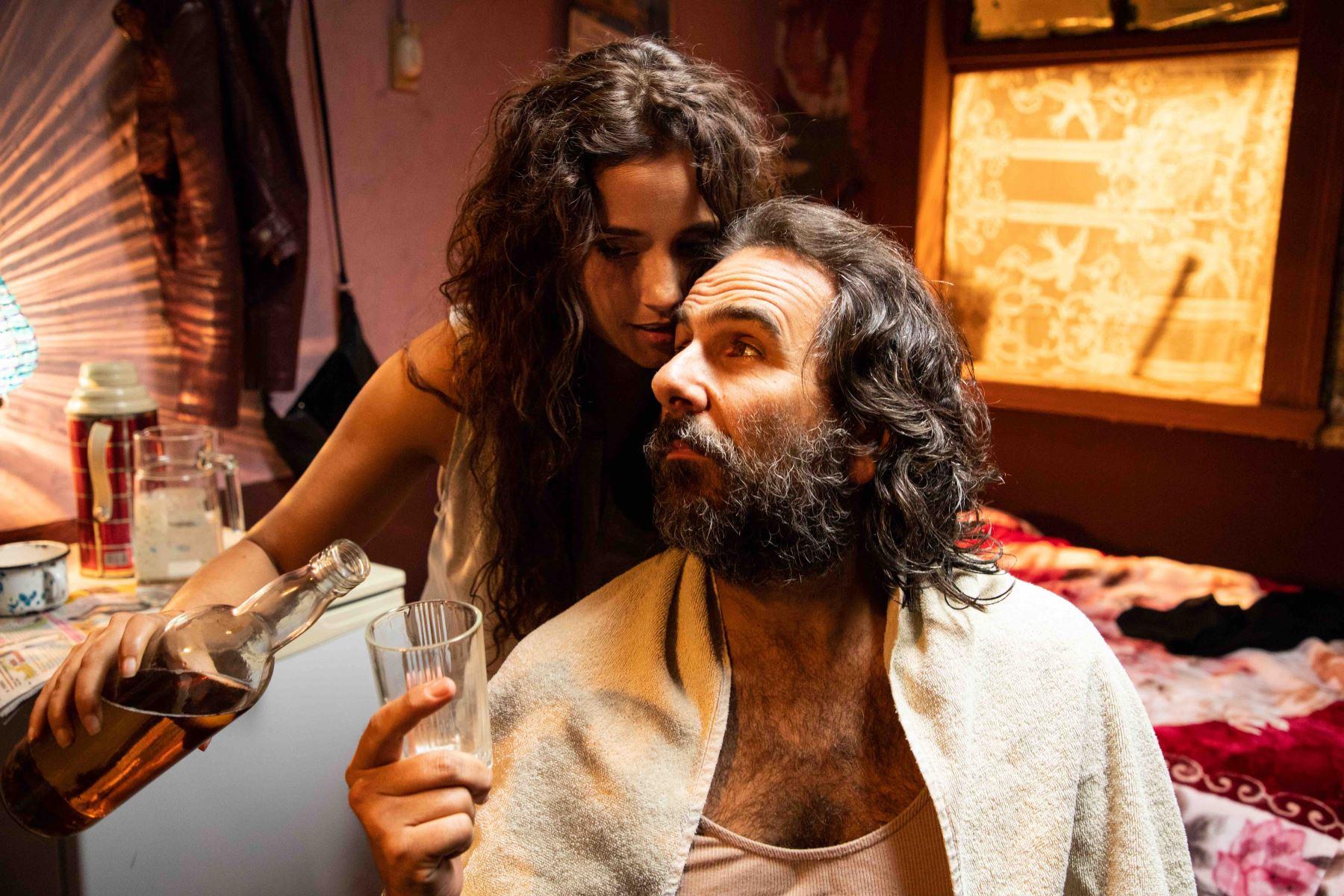 Giovanni Ciccia y Melania Urbina juntos en esta nueva entrega.