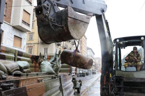 Hallan bomba de la Segunda Guerra Mundial en Turín - Italia