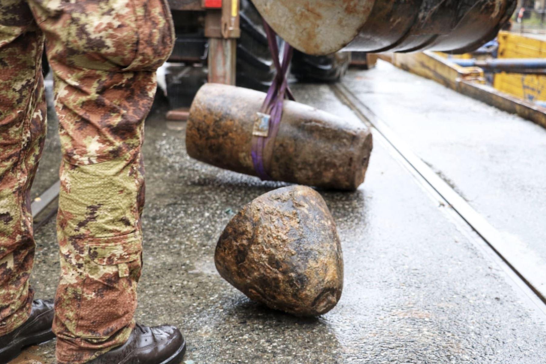 Hallan bomba de la segunda guerra mundial en Turín. Foto: Twitter Ejercito Italiano