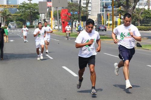 """Policía Nacional realizó la """"Carrera PNP 6K"""" en el día de su XXXI aniversario"""