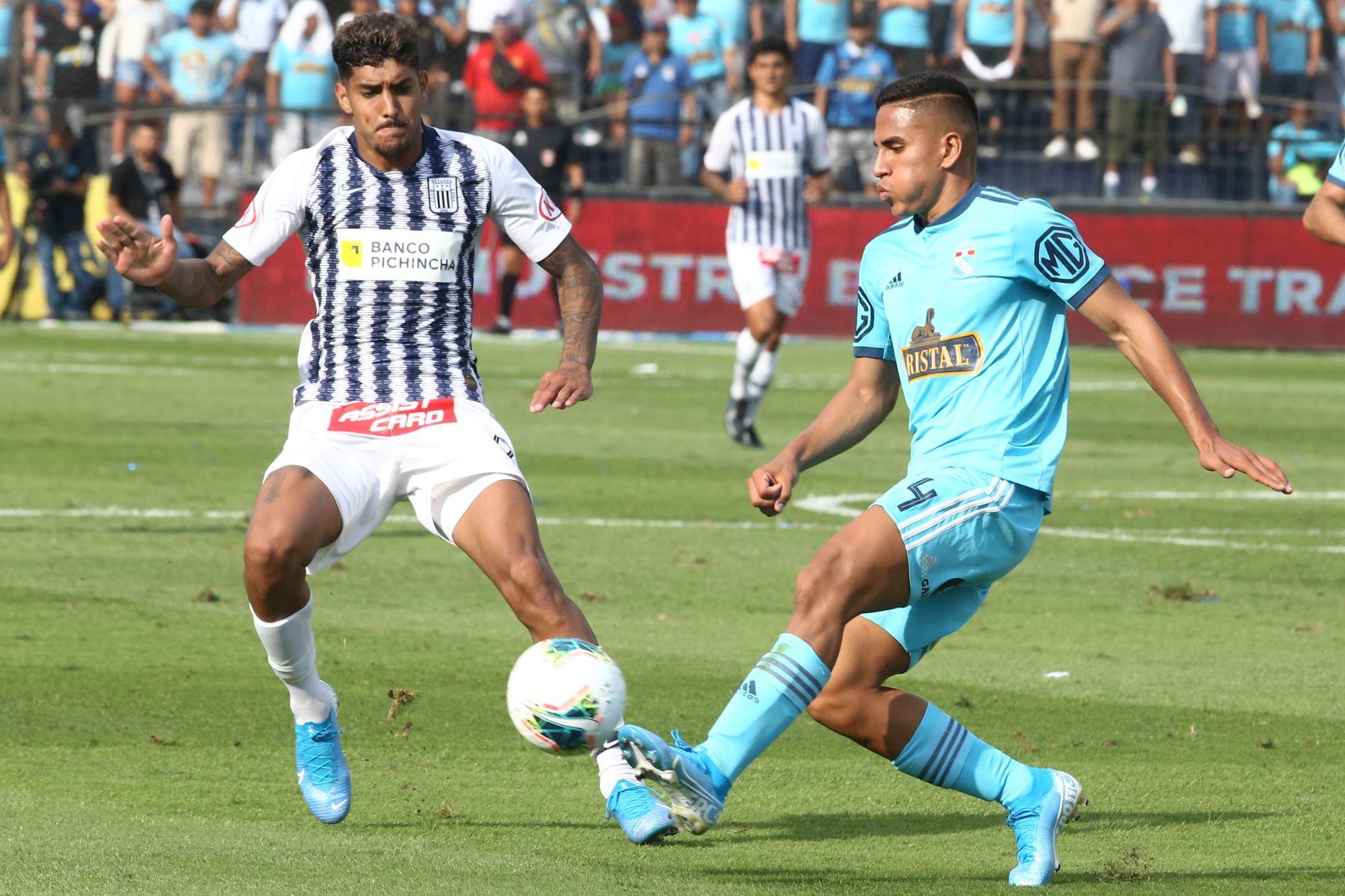 Alianza Lima vs Cristal juegan hoy en el estadio Alejandro Villanueva, en el partido de ida por la semifinal del play off de la Liga 1. Foto: ANDINA/Vidal Tarqui