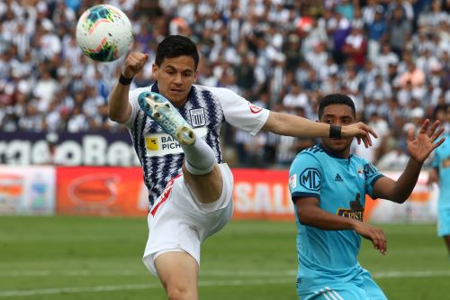 Alianza Lima gana 1 a 0 al Cristal con gol de último minuto