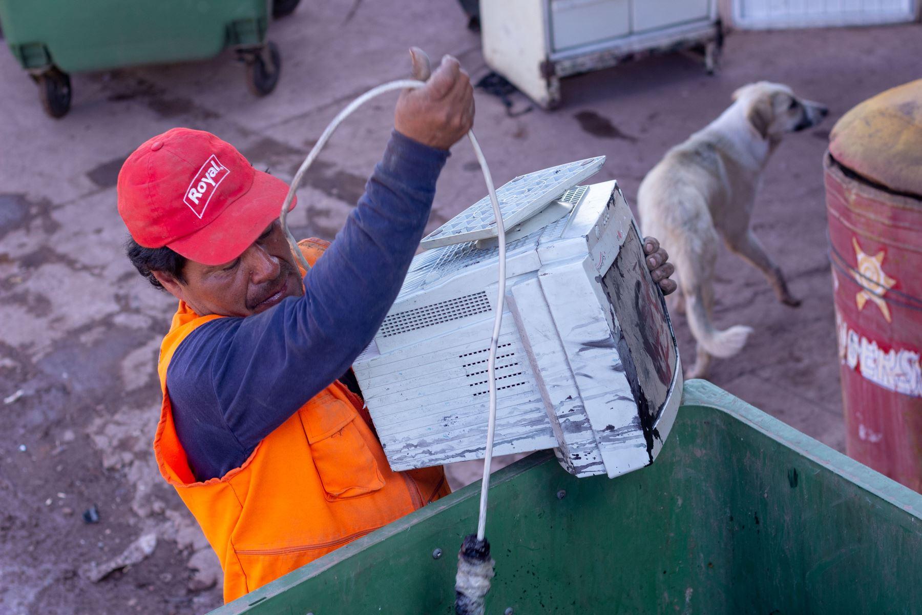 Cusco recauda 25 toneladas de residuos electrónicos para reciclar. ANDINA/Difusión