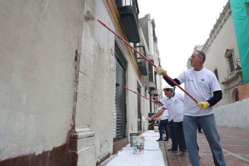 Alcalde de Lima lidera operativo de limpieza en Cercado de Lima