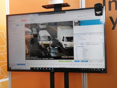 Proyecto Veronica Core, la plataforma analítica de rostros y objetos en imágenes y transmisiones en vivo orientada a la seguridad. (Fotos: ANDINA/ Maira Flores)