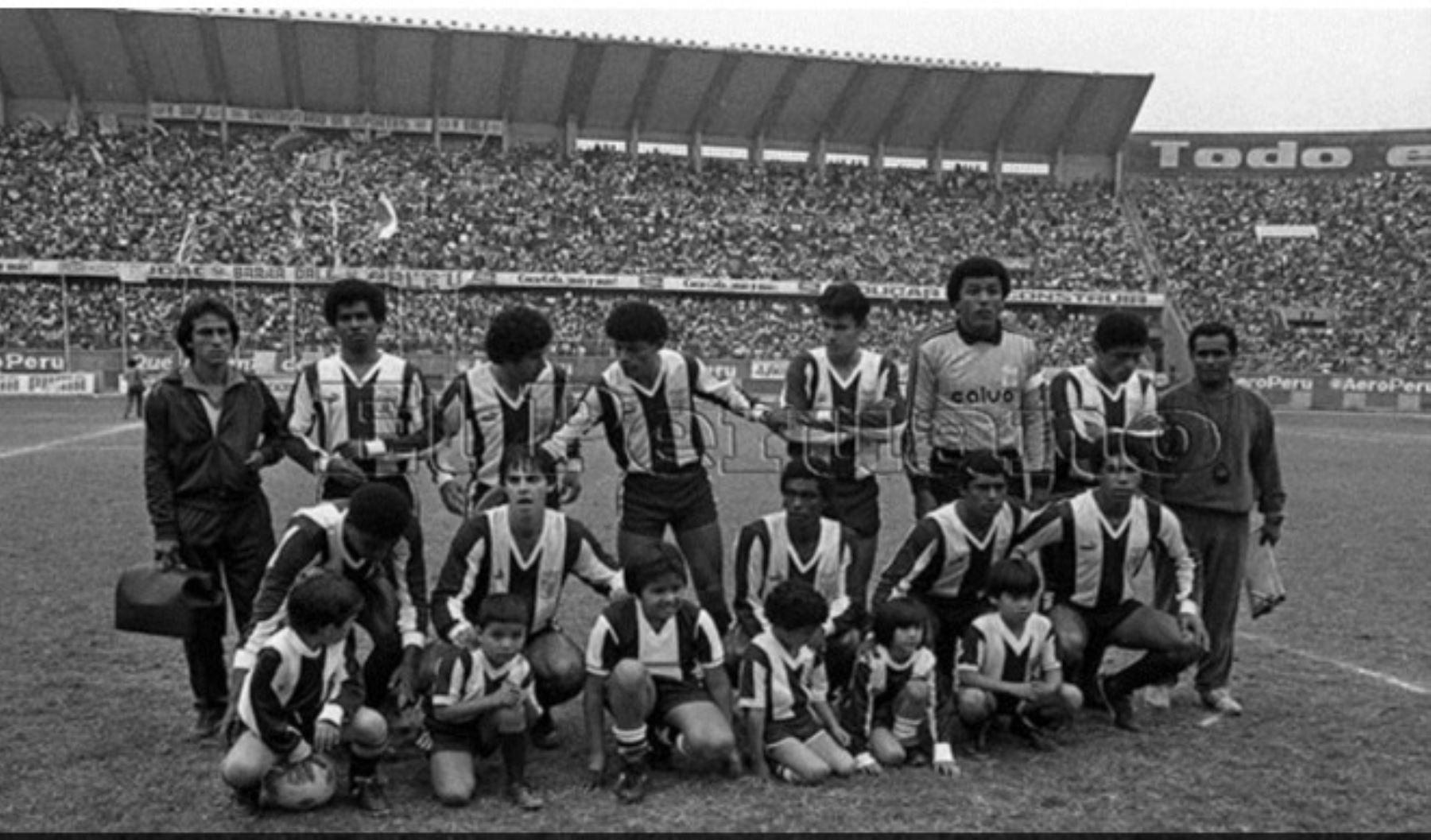 Plantel de Alianza Lima que sufrió accidente el 8 de diciembre de 1987.