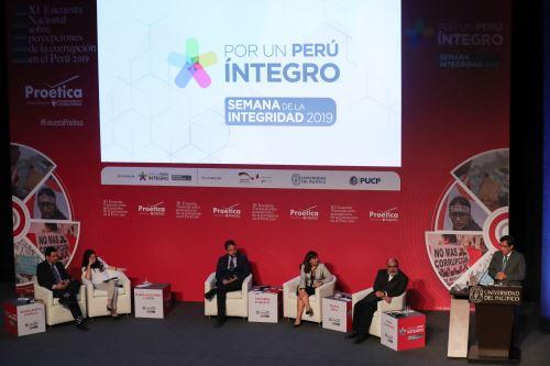 Jefe del Gabinete, Vicente Zeballos inauguró la Semana De La Integridad