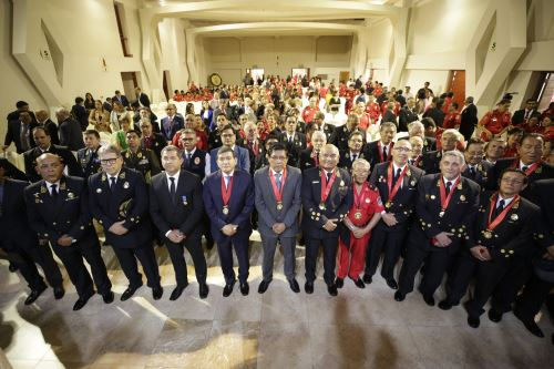 Celebración por el  Día del Bombero Voluntario Peruano