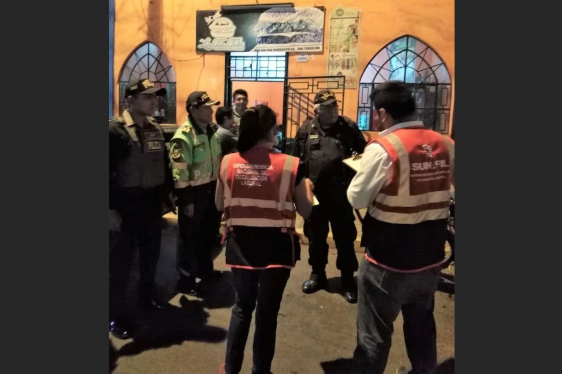 Inspectores de Sunafil investigan situación laboral de trabajadores extranjeros en Huacho.