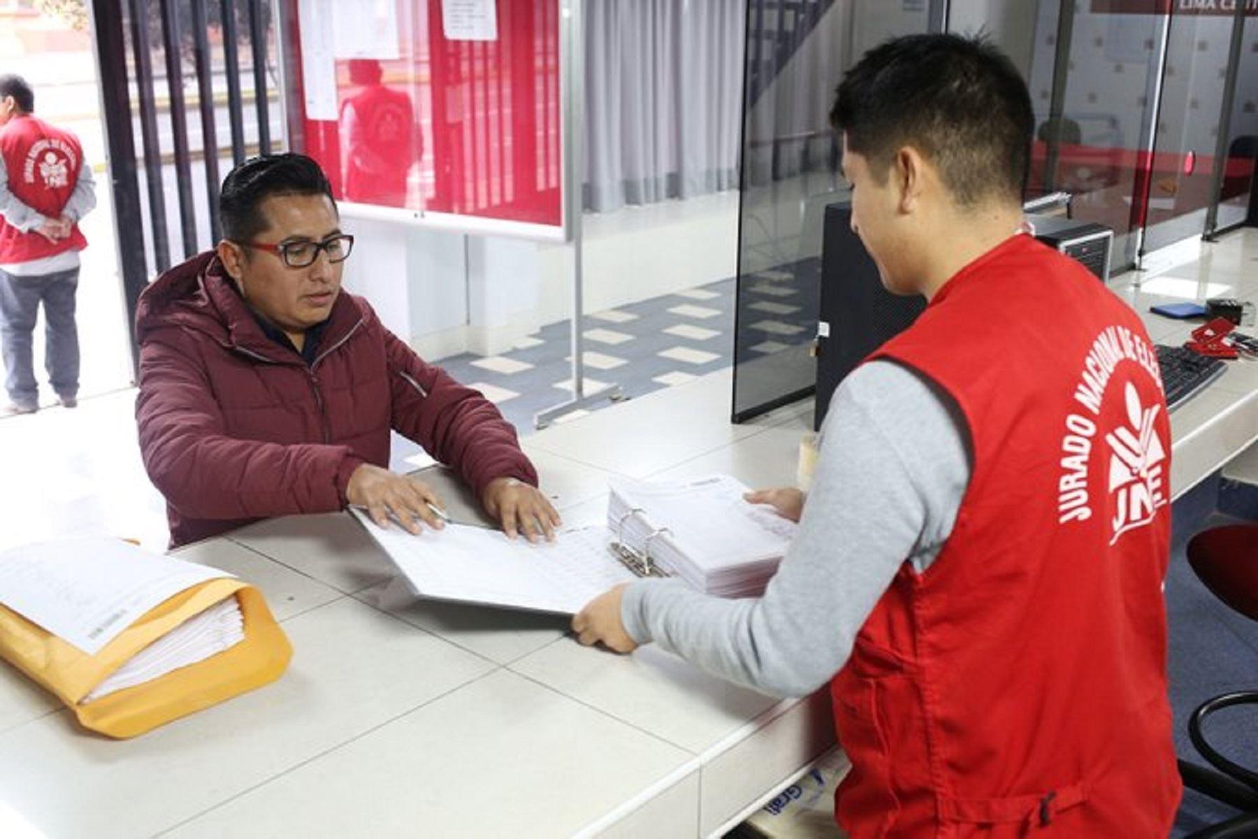 Atención en los Jurados Electorales Especiales. Foto: Difusión.