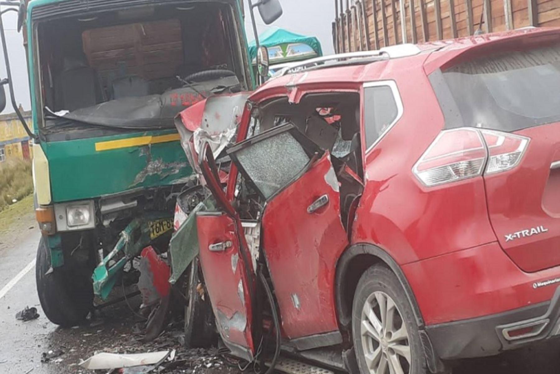 Accidente de tránsito en vía Pasco- La Oroya deja un muerto y 3 heridos