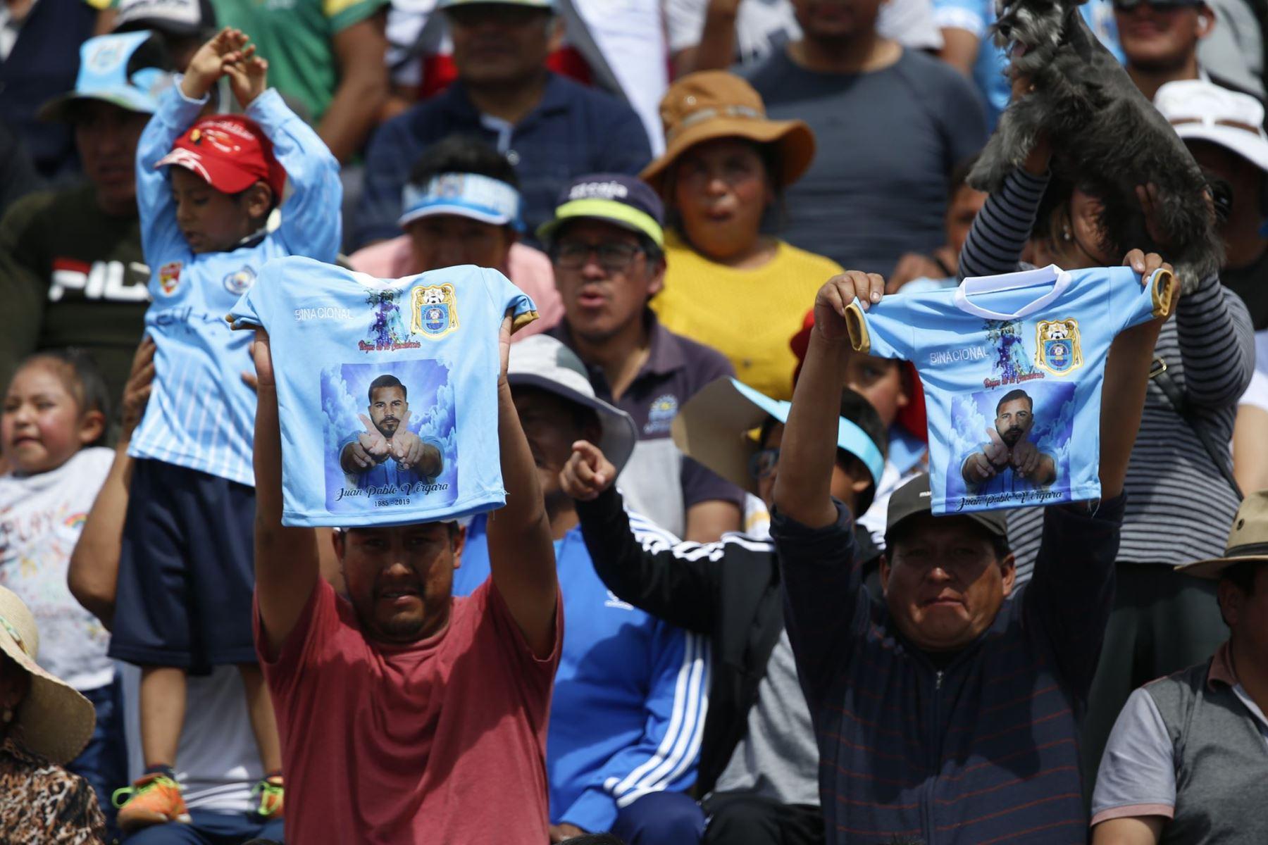 Imágenes previas al partido entre Alianza Lima y Binacional, que disputan en la final del fútbol peruano por la Liga 1. Foto: ANDINA/Carlos Lezama