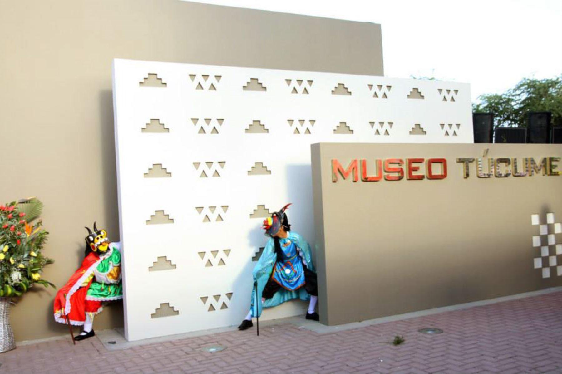 """Desde hoy hasta el miércoles se desarrollará la II Jornada Internacional de Museología Social """"Museos y Sociedad"""" en el Museo de Sitio Túcume, región Lambayeque."""