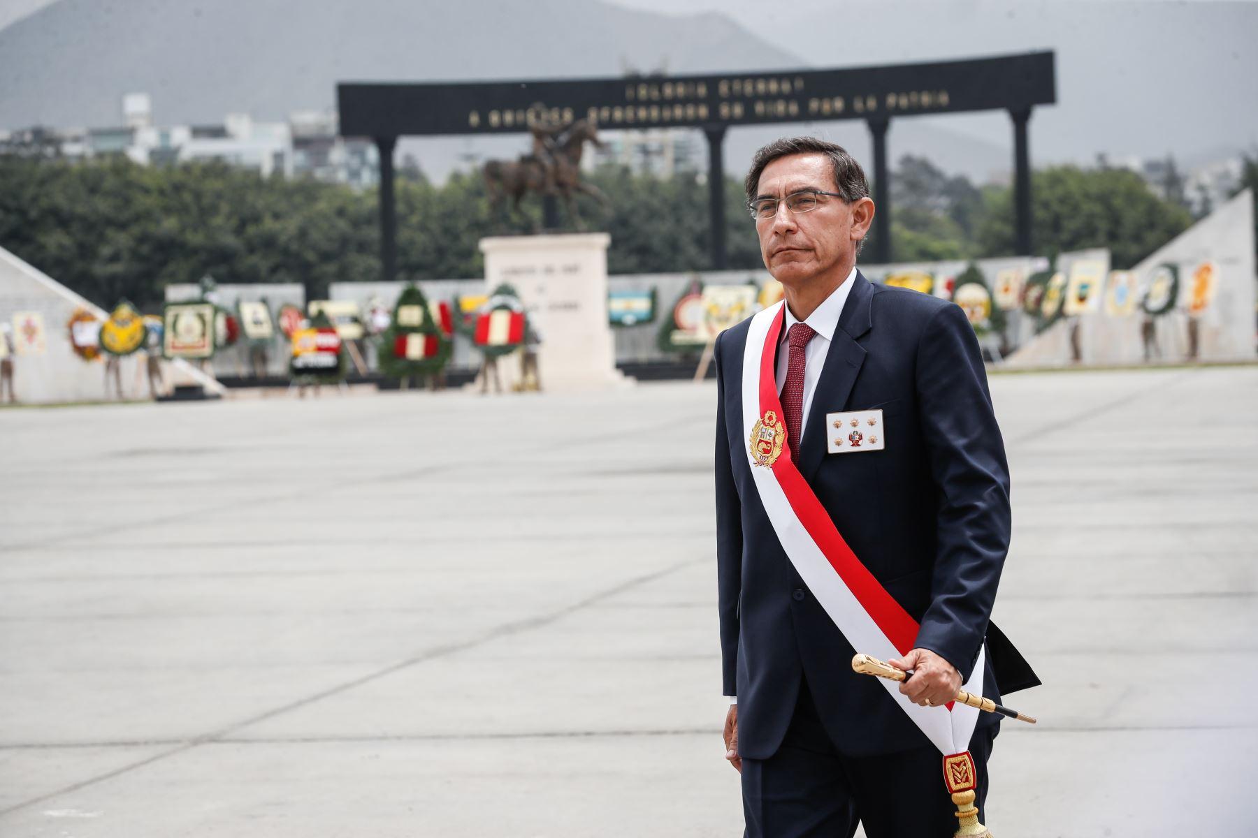 Presidente Martín Vizcarra en ceremonia por el Día del Ejército del Perú. Foto: ANDINA/Renato Pajuelo