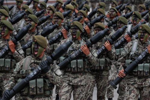 Ceremonia por el Día del Ejército del Perú