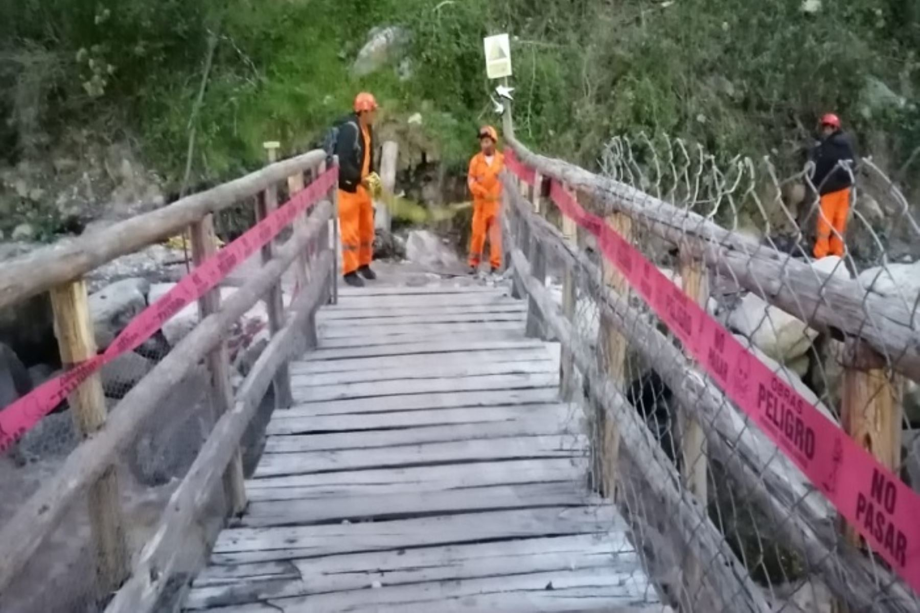 Continúan con las acciones de prevención para la comunidad de Huayllabamba y visitantes que acceden por el kilómetro 88 de la vía férrea Ollantaytambo - Machu Picchu, a la gran red de Caminos Inca.