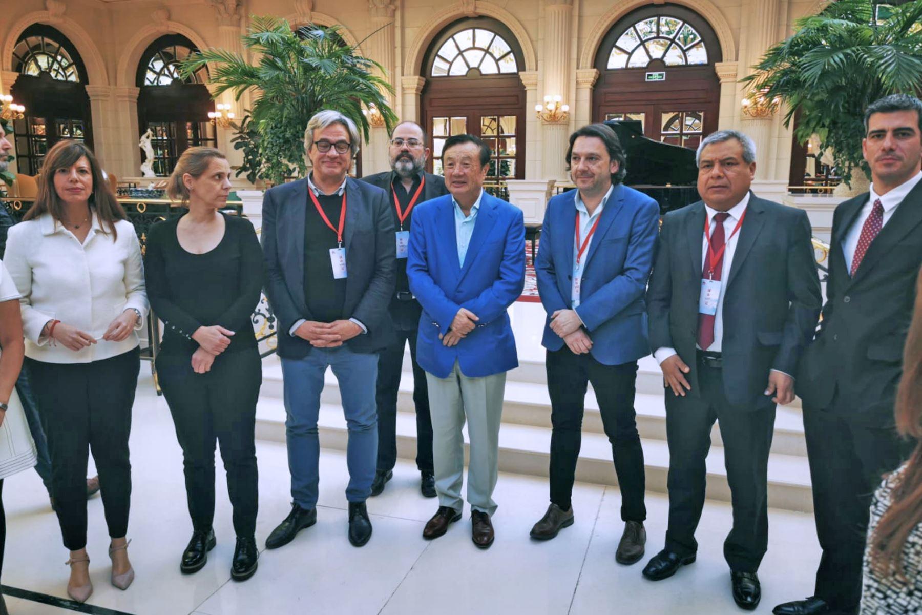 En la conferencia de prensa participaron un grupo de medios de comunicación de España y América Latina, entre ellos el diario El Peruano, como único invitado de la prensa peruana. Foto: ANDINA