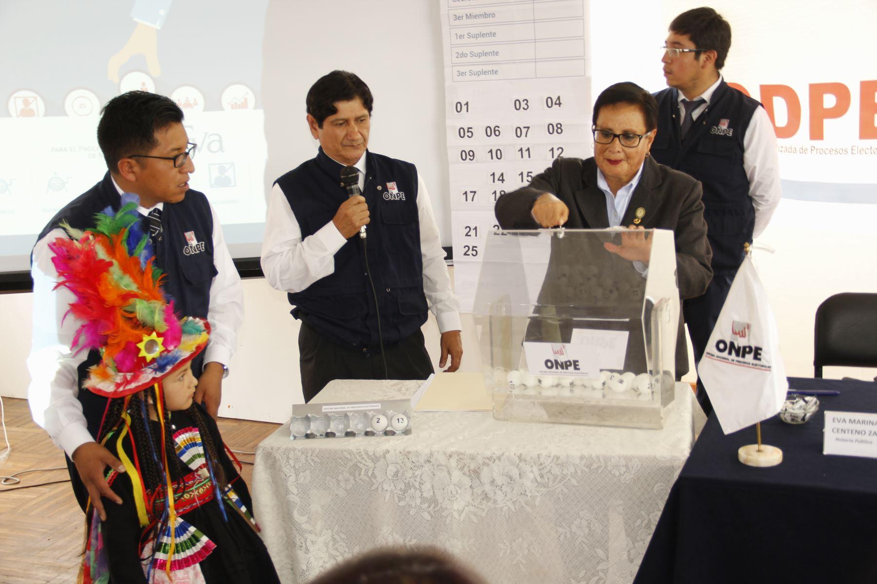 La Odpe Puno sortea a 18,864 miembros de mesa para las elecciones congresales del 26 de enero del 2020. ANDINA