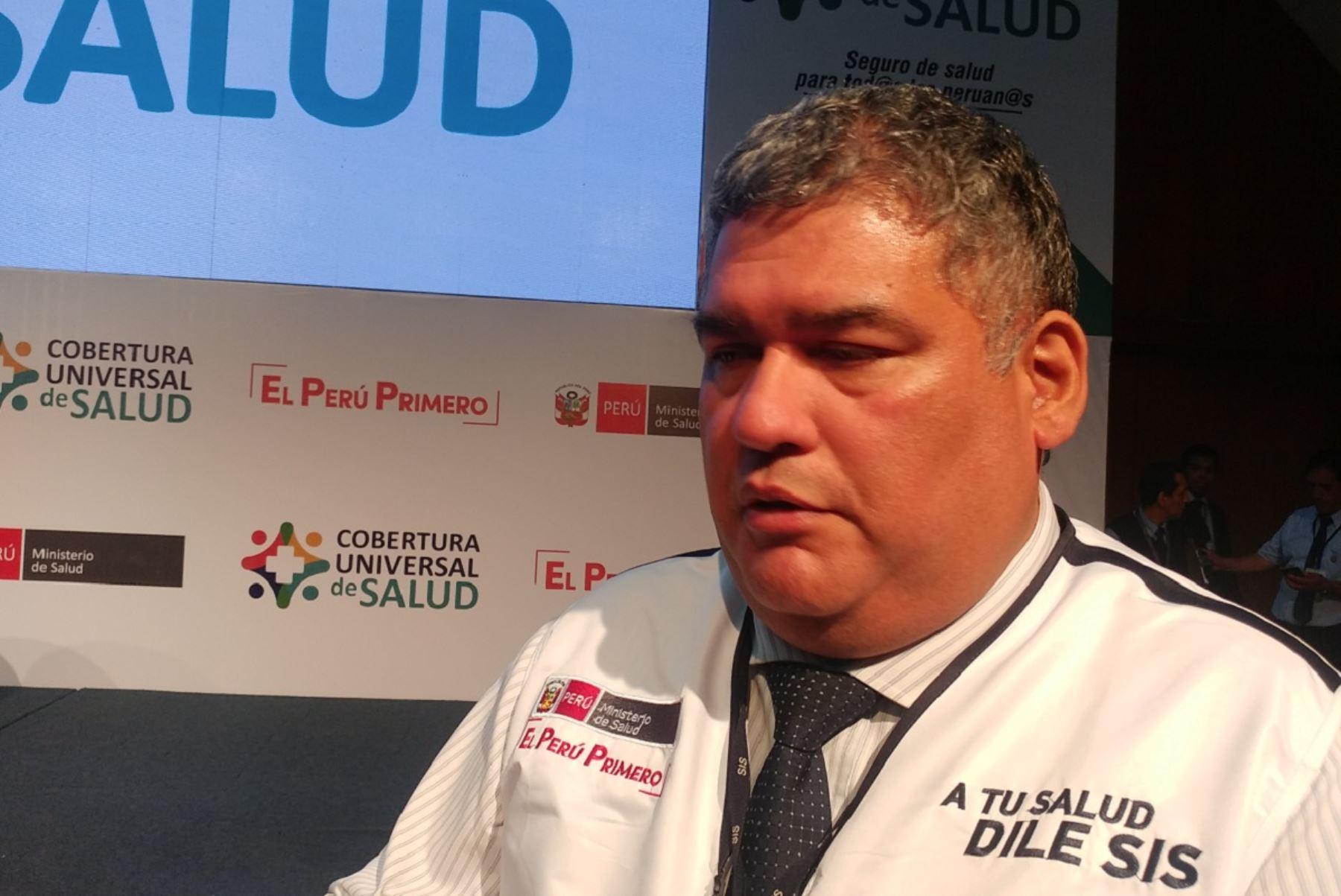 Gerente del Asegurado del SIS, Marco Iván Cárdenas. Foto: Andina.