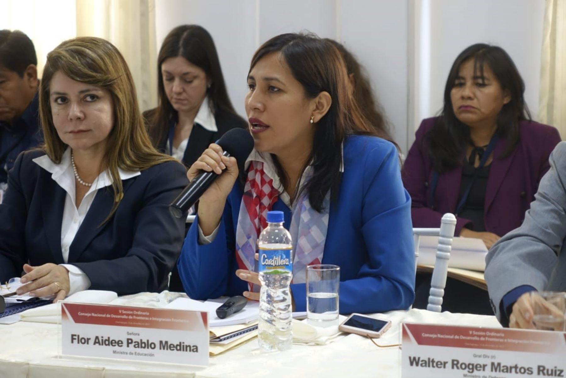 Ministra de Educación, Flor Pablo Medina.