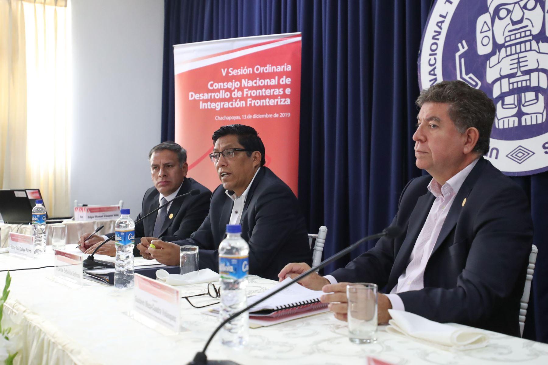 El presidente del Consejo de Ministros, Vicente Zeballos, participa de la V Sesión Ordinaria del Consejo Nacional del Desarrollo de Fronteras e Integración Fronteriza en Chachapoyas. Foto: PCM