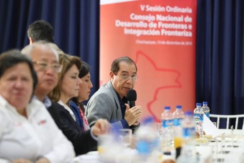 Ministro de Defensa, Walter Martos, durante Quinta Sesión del Conadif. Foto: Difusión.