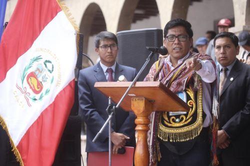 Presidente del Consejo de Ministros Vicente Zeballos visita el  Cusco para supervisar obras
