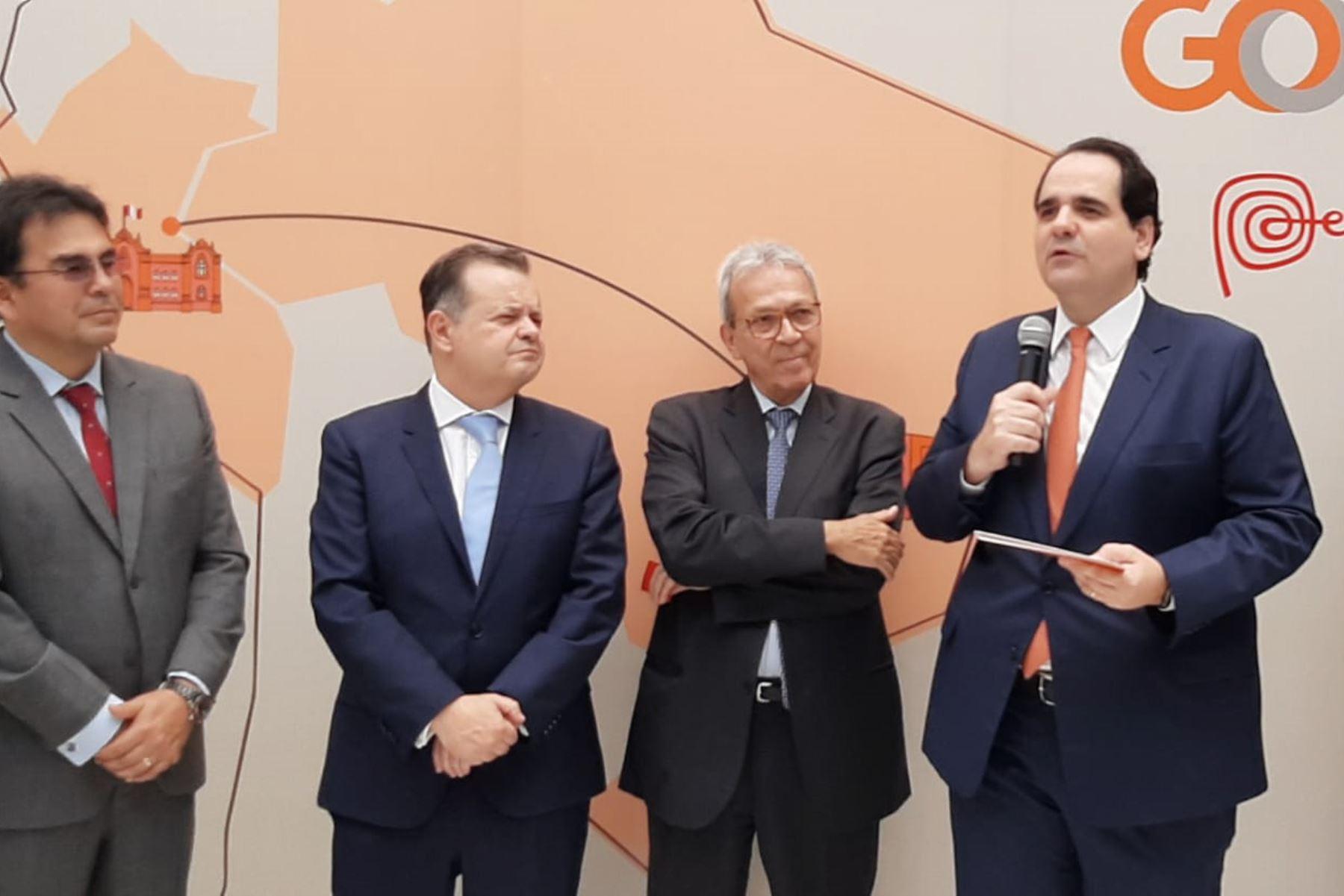 La aerolínea inauguró la ruta directa que conecta a Lima con San Pablo